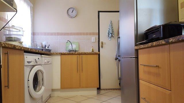 Property For Sale in Mooikloof, Pretoria 35