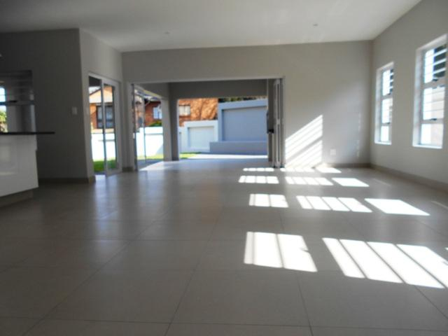 Property For Sale in Faerie Glen, Pretoria 40