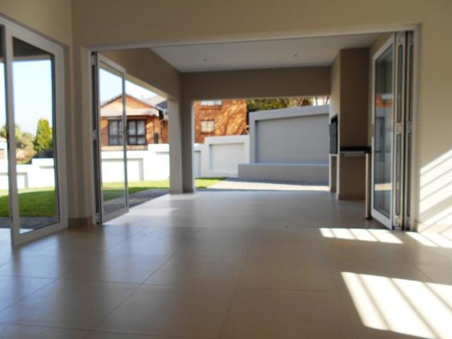 Property For Sale in Faerie Glen, Pretoria 42