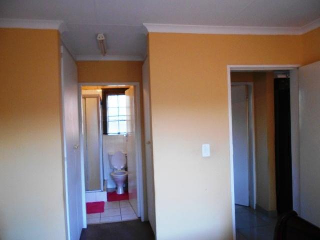 Property For Sale in Erasmuskloof, Pretoria 13