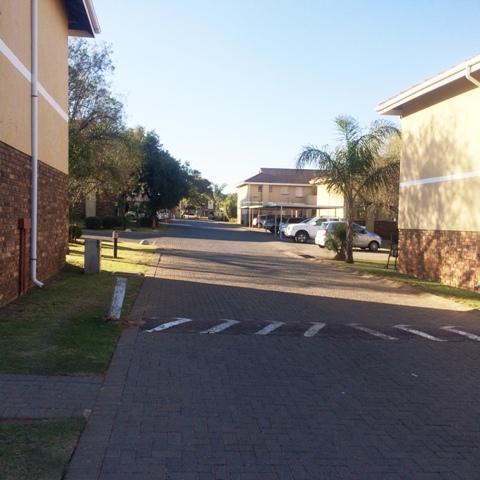 Property For Sale in Elarduspark, Pretoria 16