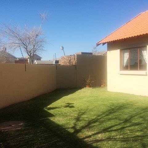 Property For Sale in Mooikloof, Pretoria 36