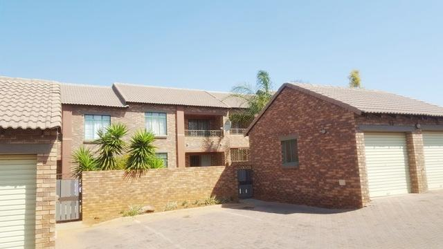 Property For Sale in Mooikloof, Pretoria 4