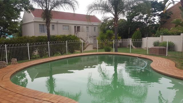 Property For Sale in Faerie Glen, Pretoria 32