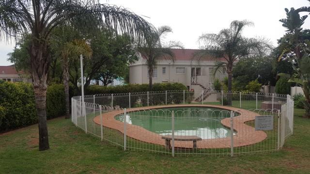 Property For Sale in Faerie Glen, Pretoria 34