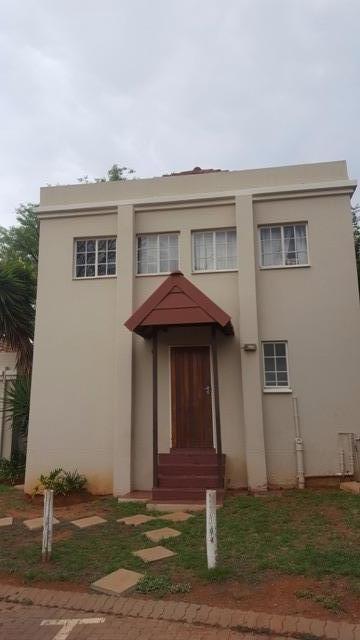 Property For Sale in Faerie Glen, Pretoria 37
