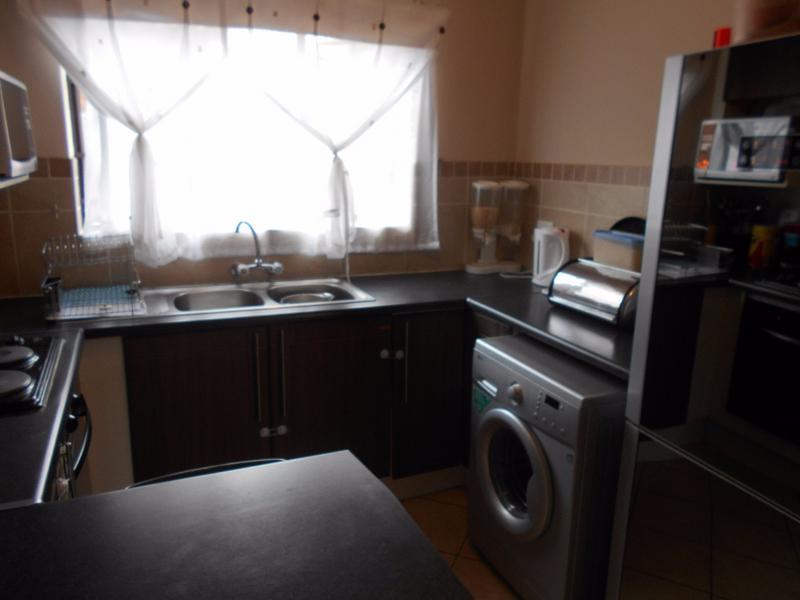 Property For Sale in Mooikloof, Pretoria 11
