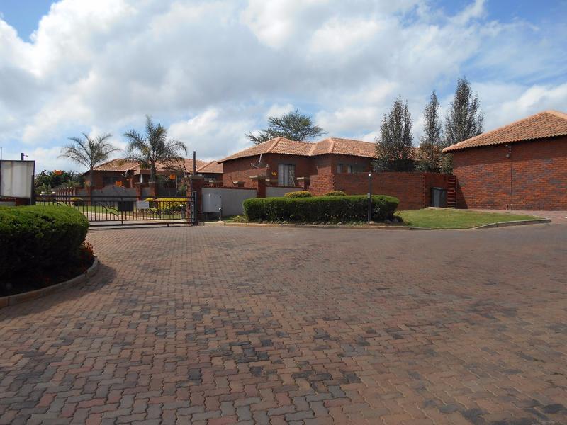 Property For Sale in Mooikloof, Pretoria 21