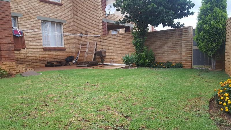 Property For Sale in Mooikloof, Pretoria 34