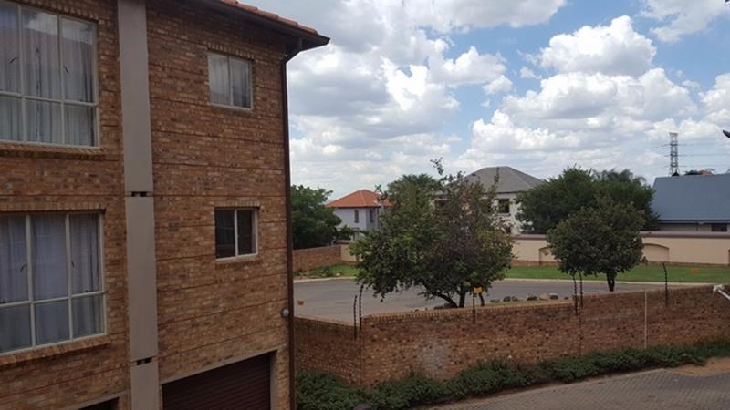 Property For Sale in Wapadrand, Pretoria 12