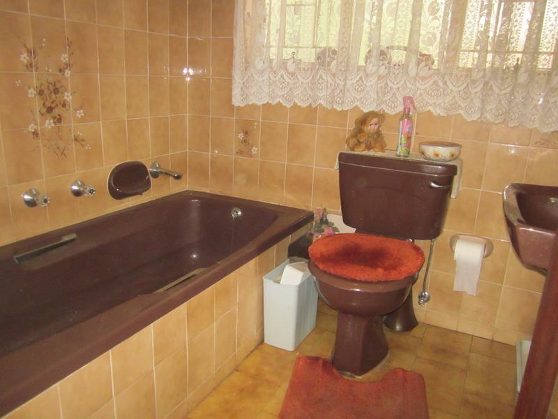 Property For Sale in Garsfontein, Pretoria 12