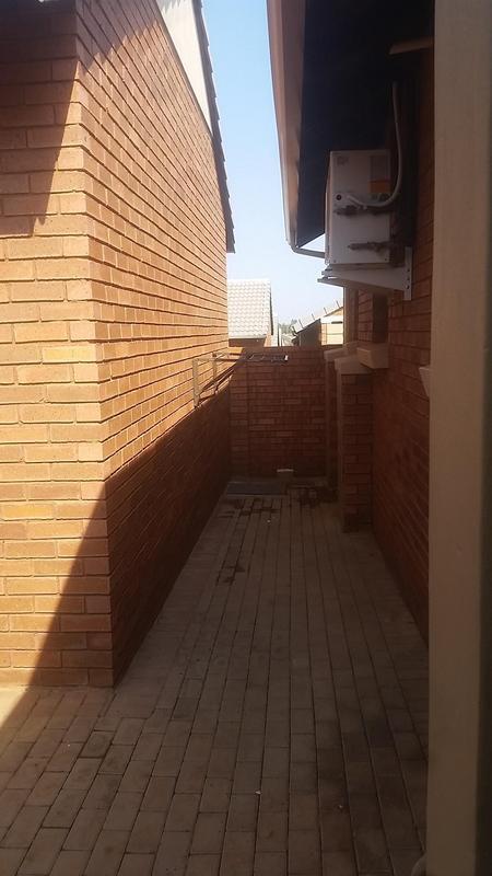 Property For Rent in Mooikloof Ridge Estate, Pretoria 2