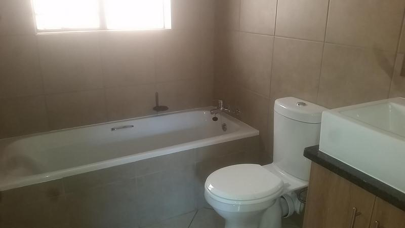 Property For Rent in Mooikloof Ridge Estate, Pretoria 6