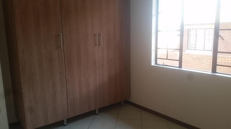 Property For Rent in Mooikloof Ridge Estate, Pretoria 7