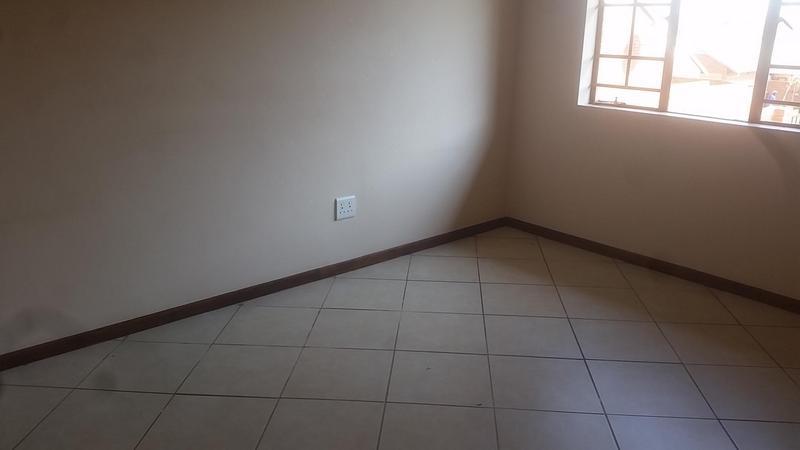 Property For Rent in Mooikloof Ridge Estate, Pretoria 8