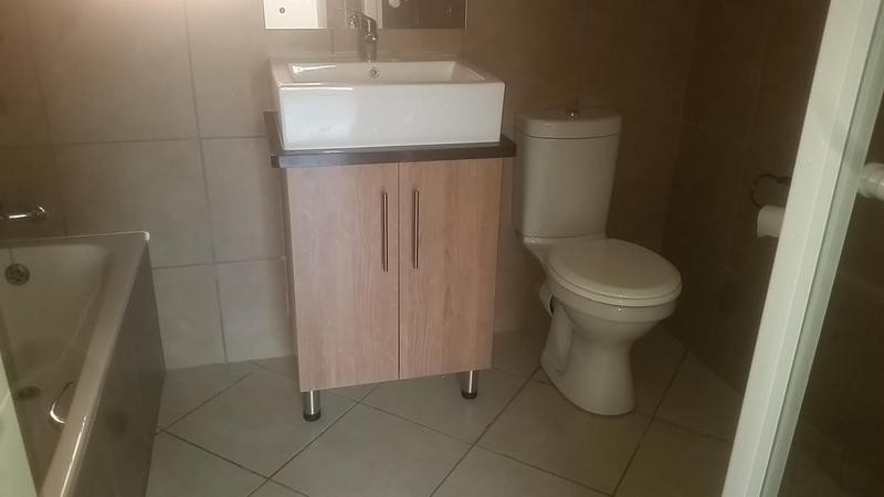 Property For Rent in Mooikloof Ridge Estate, Pretoria 9