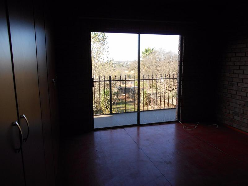 Property For Rent in Garsfontein, Pretoria 7