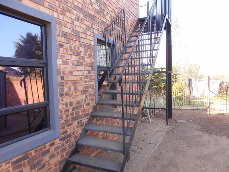 Property For Rent in Garsfontein, Pretoria 11