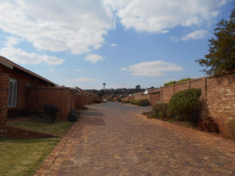Property For Sale in Elarduspark, Pretoria 6