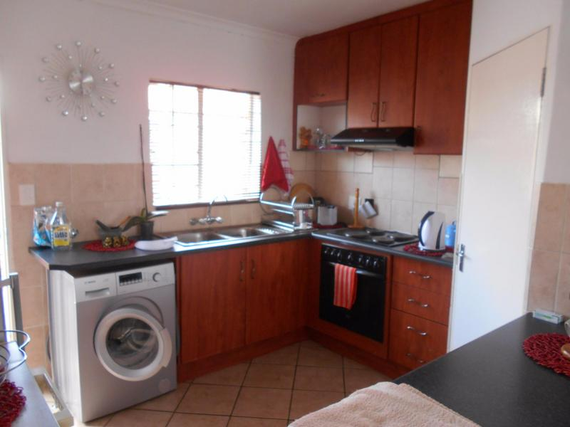 Property For Sale in Elarduspark, Pretoria 10