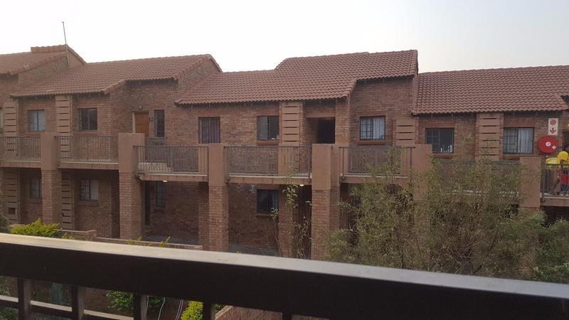 Property For Sale in Mooikloof Ridge Estate, Pretoria 14