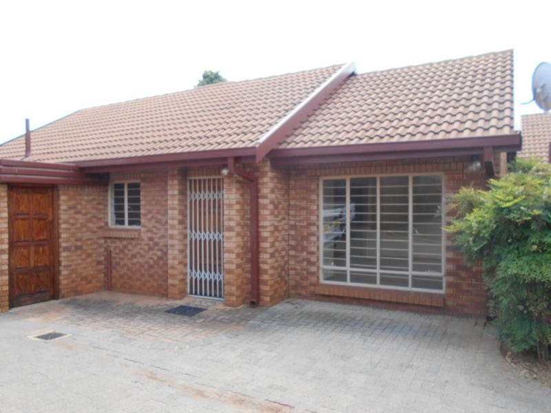 Property For Sale in Faerie Glen, Pretoria 5