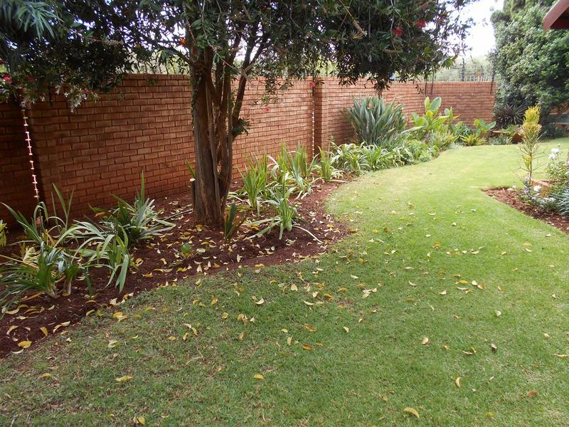 Property For Sale in Faerie Glen, Pretoria 7