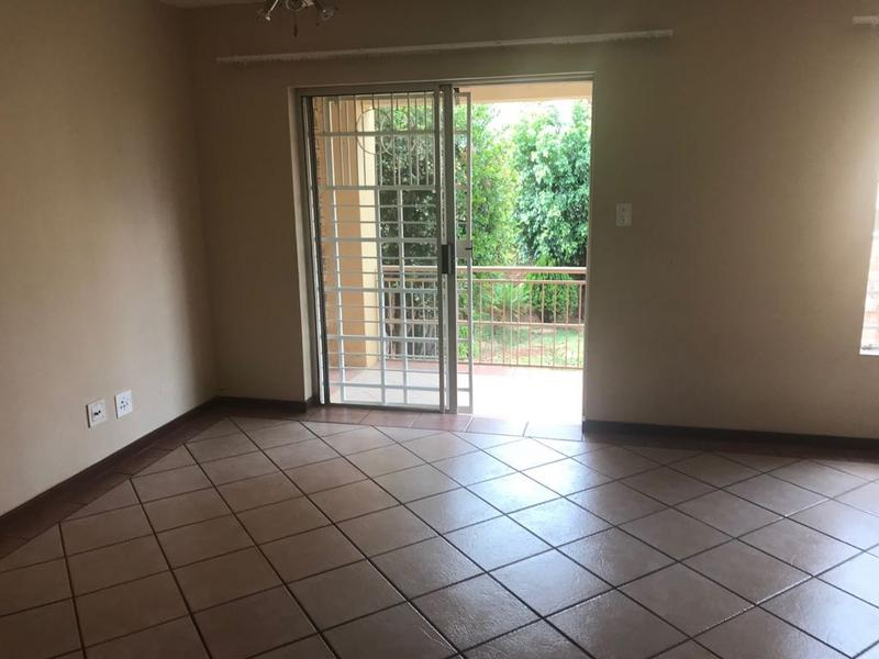 Property For Sale in Faerie Glen, Pretoria 7