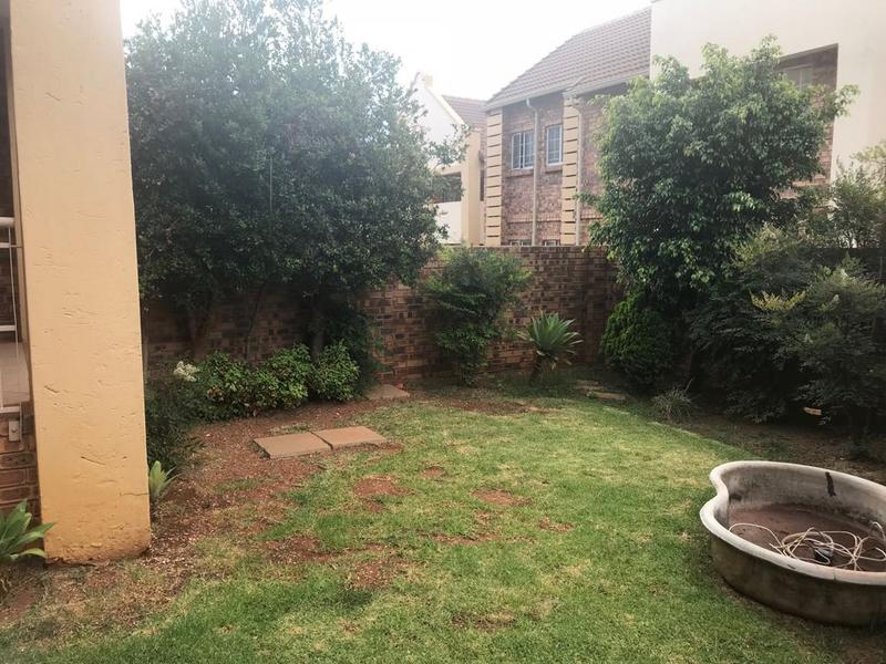 Property For Sale in Faerie Glen, Pretoria 17