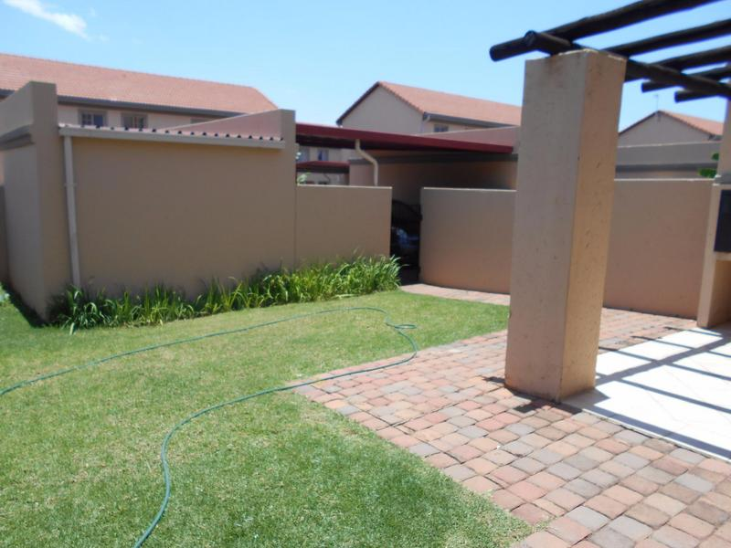 Property For Sale in Willow Park Manor, Pretoria 2