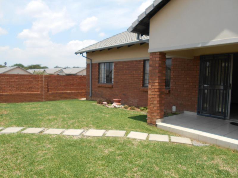 Property For Sale in Equestria, Pretoria 6