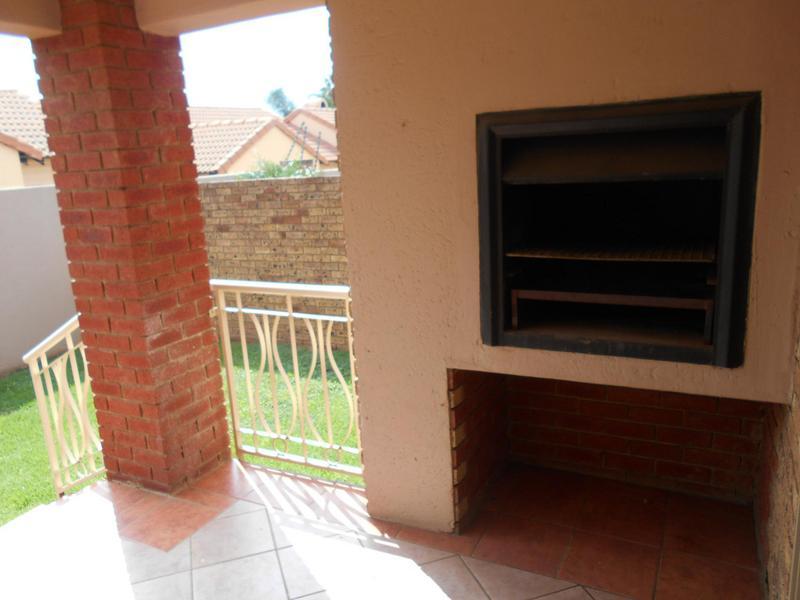 Property For Sale in Equestria, Pretoria 16