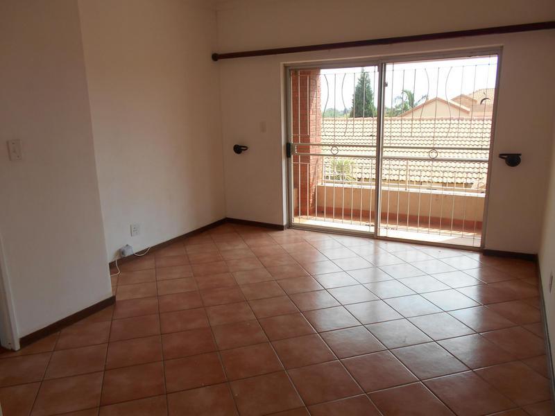 Property For Sale in Equestria, Pretoria 27