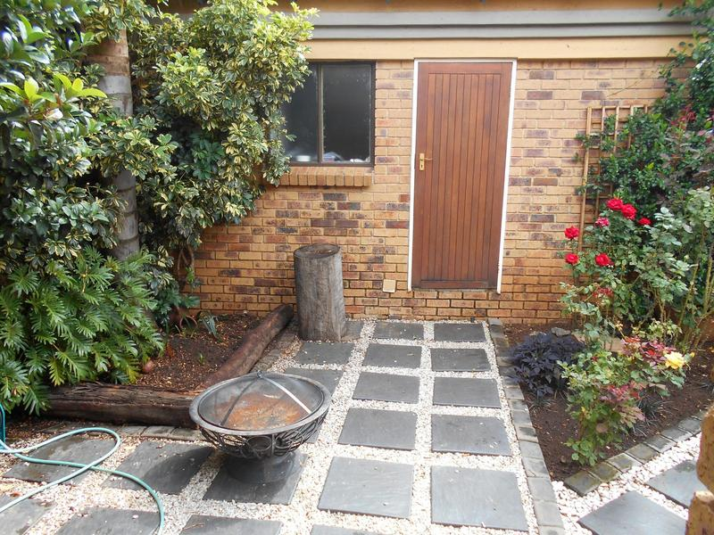 Property For Sale in Equestria, Pretoria 21