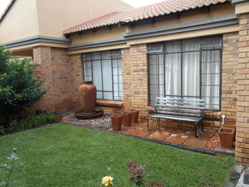 Property For Sale in Equestria, Pretoria 22