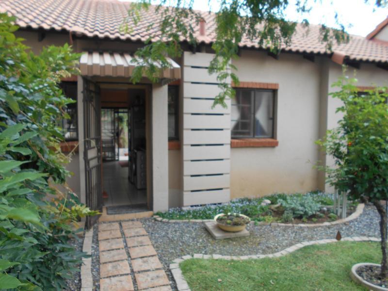 Property For Sale in Mooikloof Ridge Estate, Pretoria 16