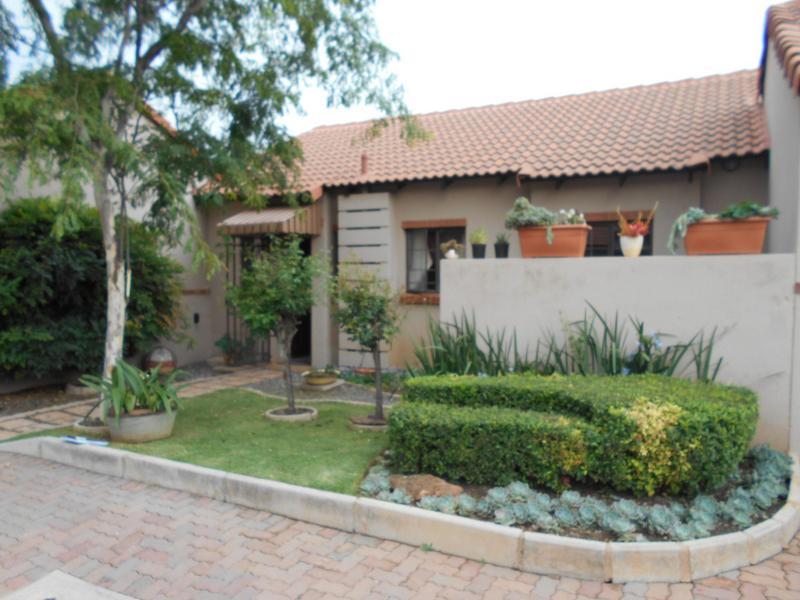 Property For Sale in Mooikloof Ridge Estate, Pretoria 17