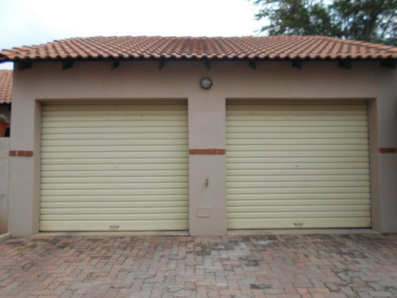 Property For Sale in Mooikloof Ridge Estate, Pretoria 18