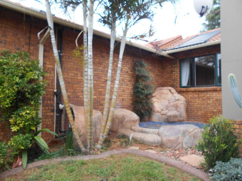 Property For Sale in Garsfontein, Pretoria 13