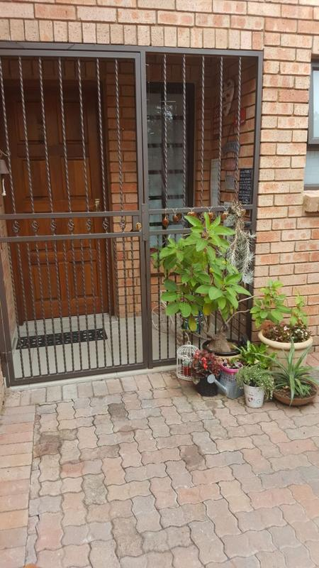 Property For Sale in Willow Park Manor, Pretoria 28