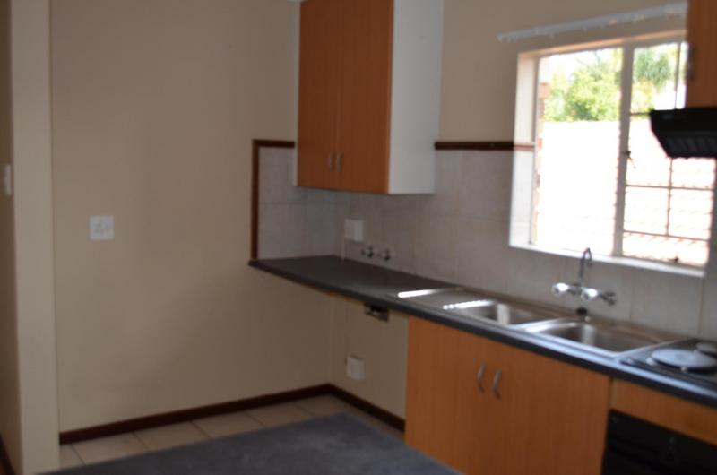 Property For Sale in Moreletapark, Pretoria 11