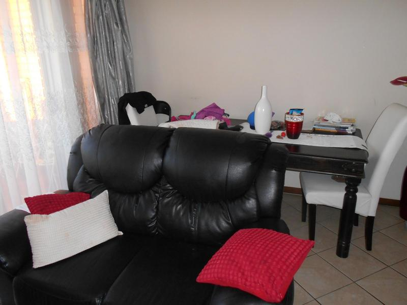 Property For Sale in Mooikloof Ridge, Pretoria 7