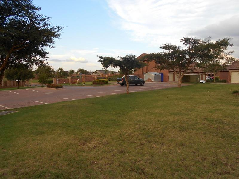 Property For Sale in Mooikloof Ridge, Pretoria 11