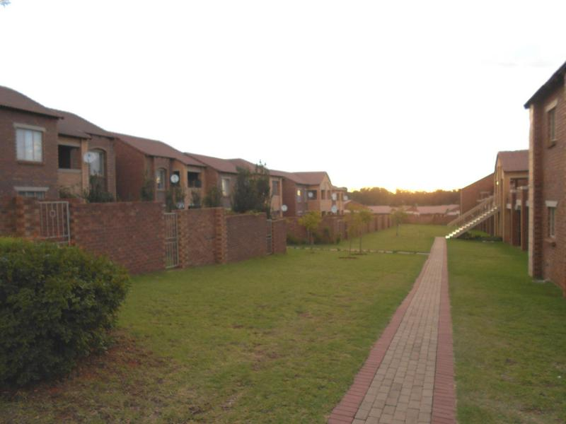 Property For Sale in Mooikloof Ridge, Pretoria 12