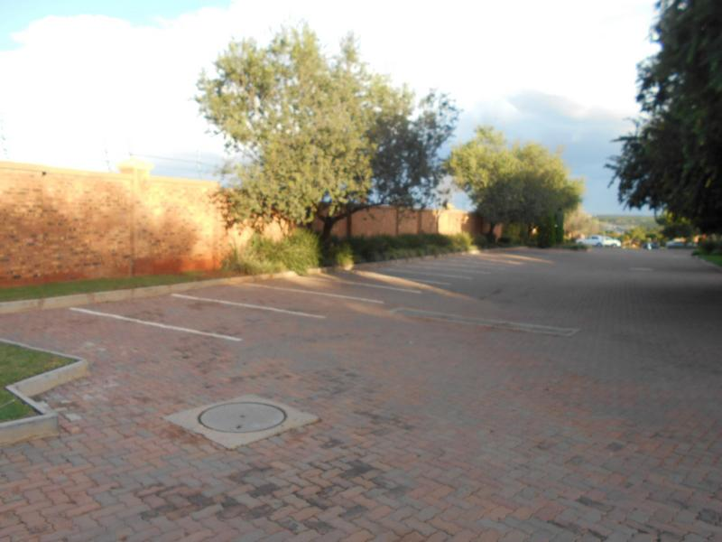 Property For Sale in Mooikloof Ridge, Pretoria 2