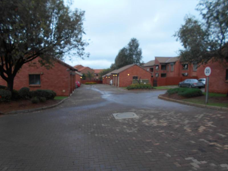 Property For Sale in Mooikloof, Pretoria 16