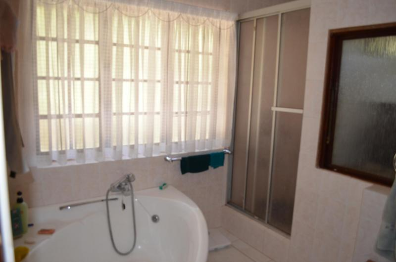 Property For Sale in Tyger Valley, Pretoria 13