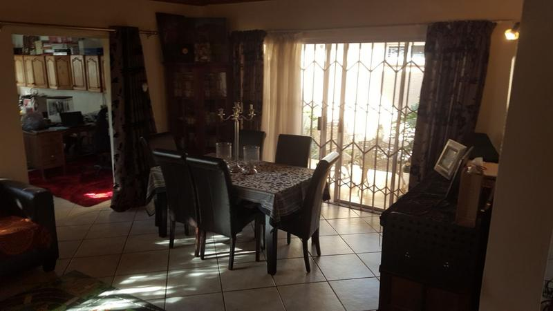 Property For Sale in Queenswood, Pretoria 14