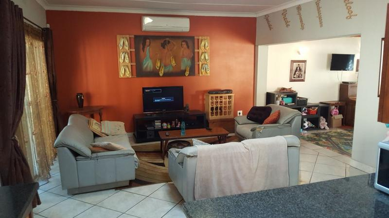 Property For Sale in Queenswood, Pretoria 12