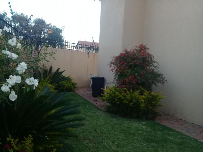 Property For Sale in Equestria, Pretoria 4